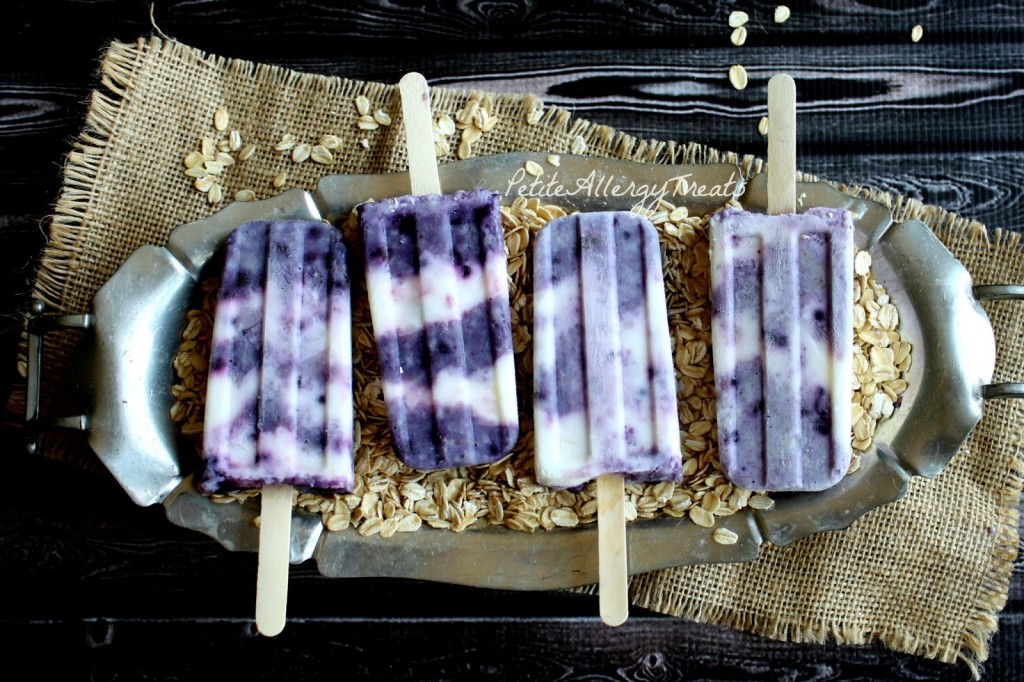 Blueberry Popsicles with Oatmeal (gluten free Vegan Option) Breakfast as a popsicle! Even sweetened with maple syrup like hot oatmeal.