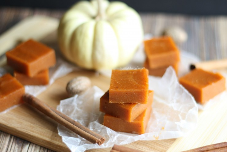 Pumpkin Fudge (dairy free gluten free)- Super easy pumpkin candy fudge with real pumpkin puree and pumpkin spice.