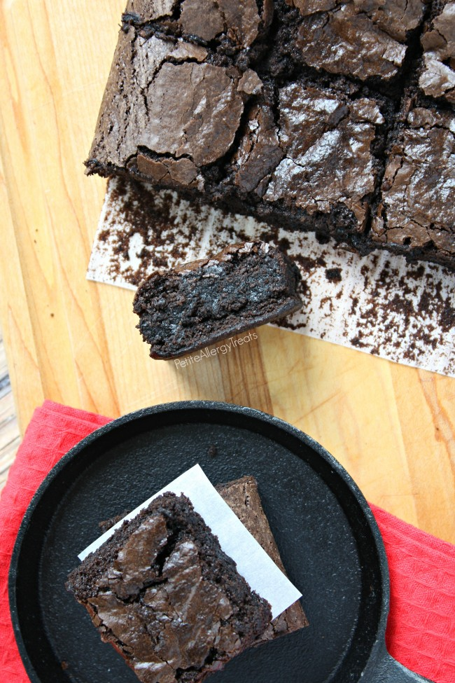 Fudgy Gluten Free Egg Free Brownies (Vegan Bean Free)- Decadent eggless brownie that is super fudgy!