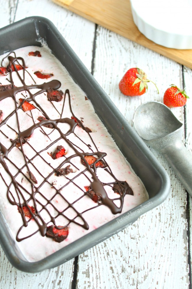Chocolate Covered Strawberry Ice Cream (Dairy Free Vegan)- Real chocolate covered strawberries in a creamy coconut ice cream. #conquerthemess, #pmedia, #ad