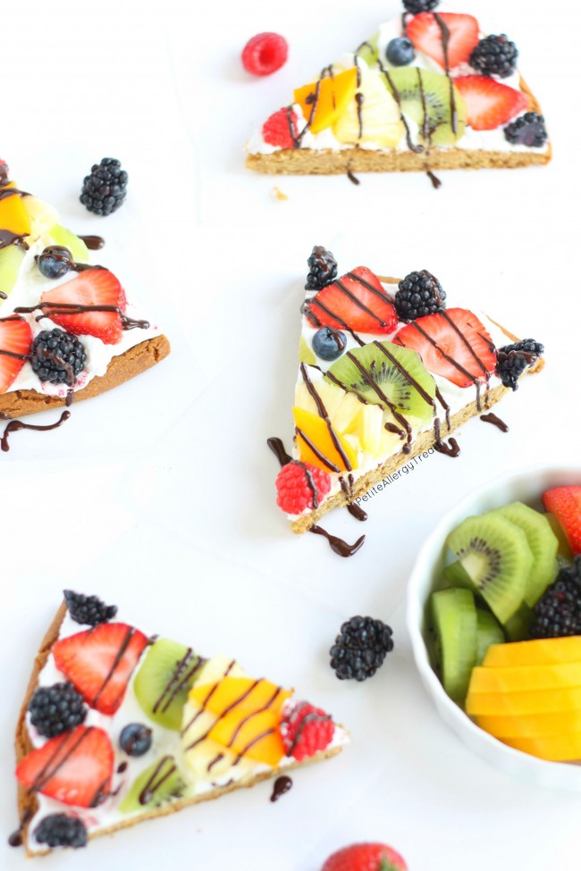 Rainbow Fruit Pizza (dairy free gluten free Vegan)- Impress anyone with a dairy free gluten free rainbow fruit pizza made with whole grains. #tothefullest