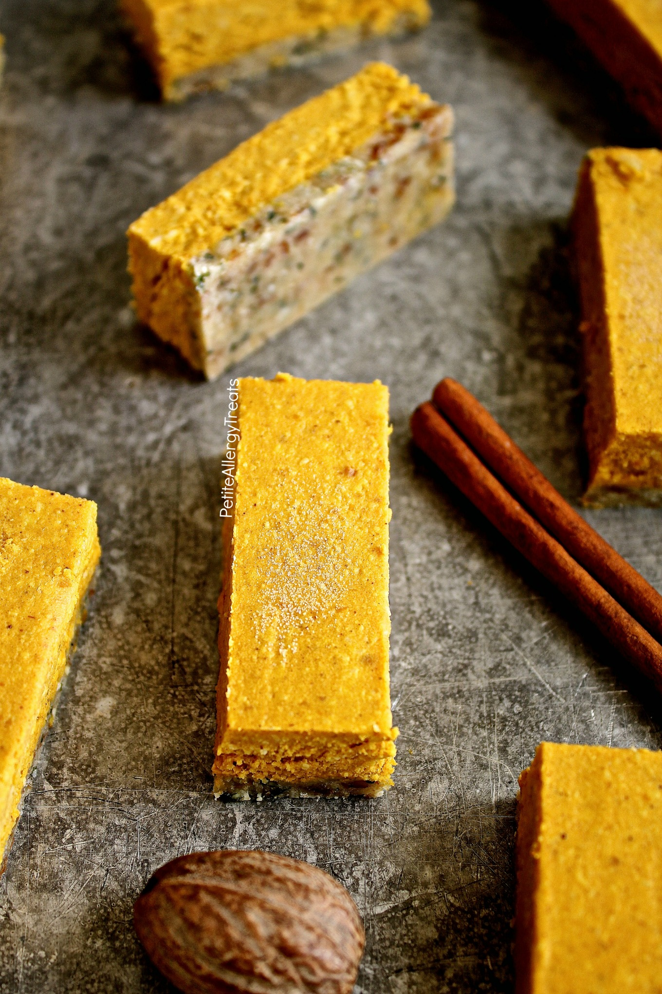 Raw Vegan Gluten Free Pumpkin Pie Bars Recipe (dairy free nut free)- No bake raw bars filled with real pumpkin, coconut butter, dates and hemp seeds. Refined sugar free. Food Allergy Friendly