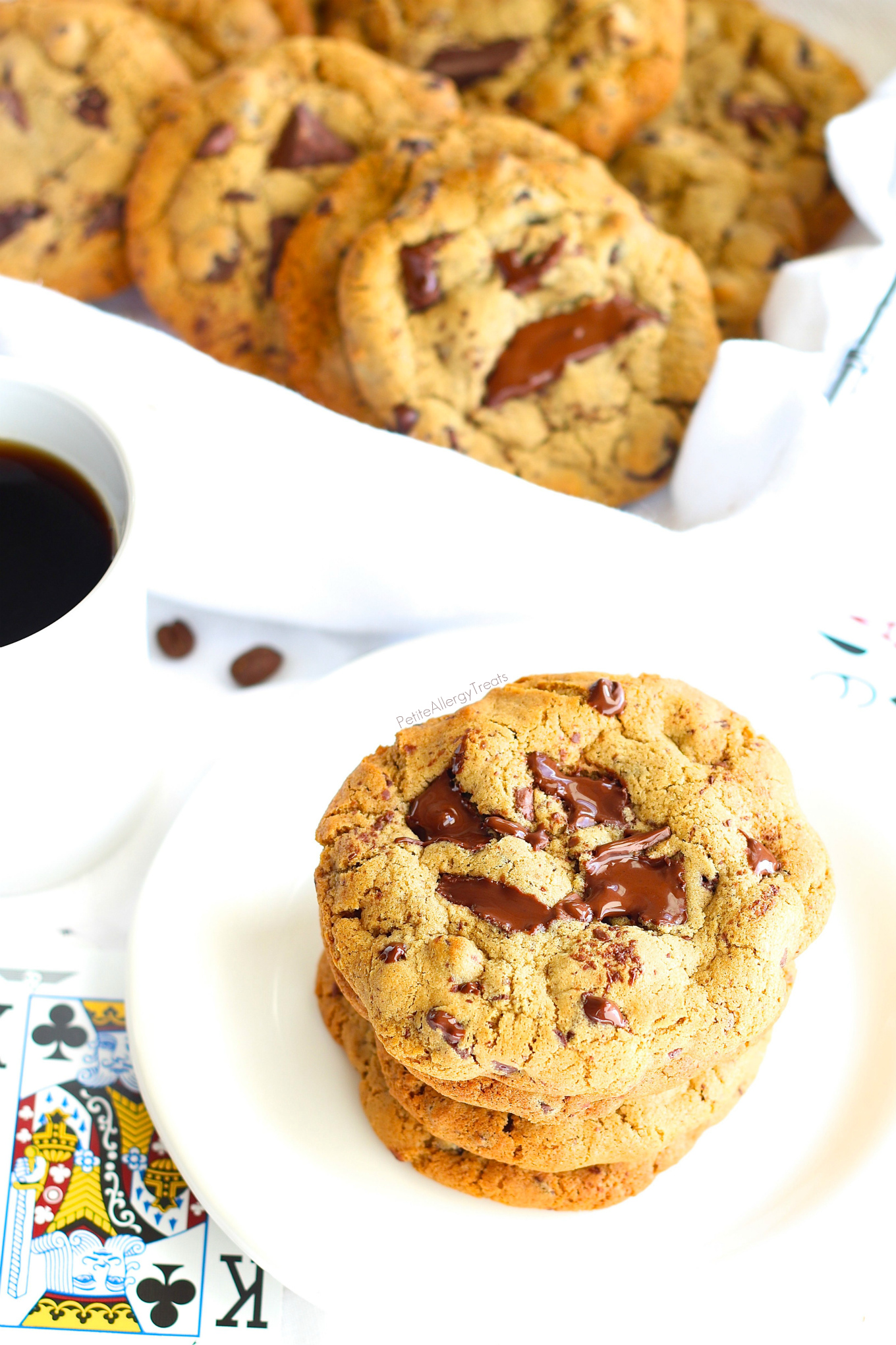 Gluten Free Vegan Chocolate Chip Cookies Recipe- Gooey egg free espresso chocolate chip cookies! Dairy Free sweet cookies!