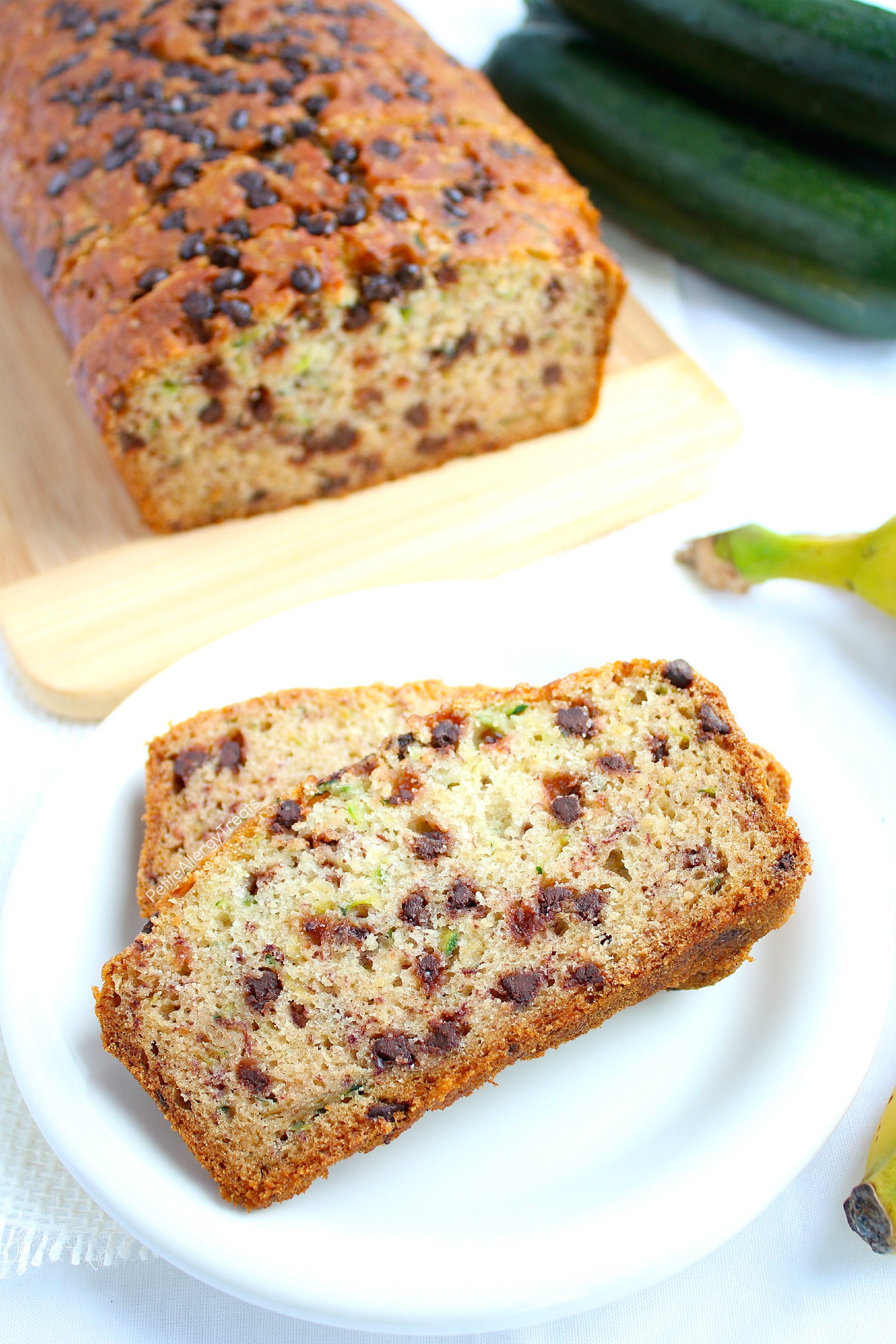 Gluten Free Chocolate Chip Zucchini Bread Recipe (egg free dairy free Vegan)- Easy one bowl gluten free chocolate chip zucchini bread. #glutenfree, #dairyfree, #eggfree, #vegan