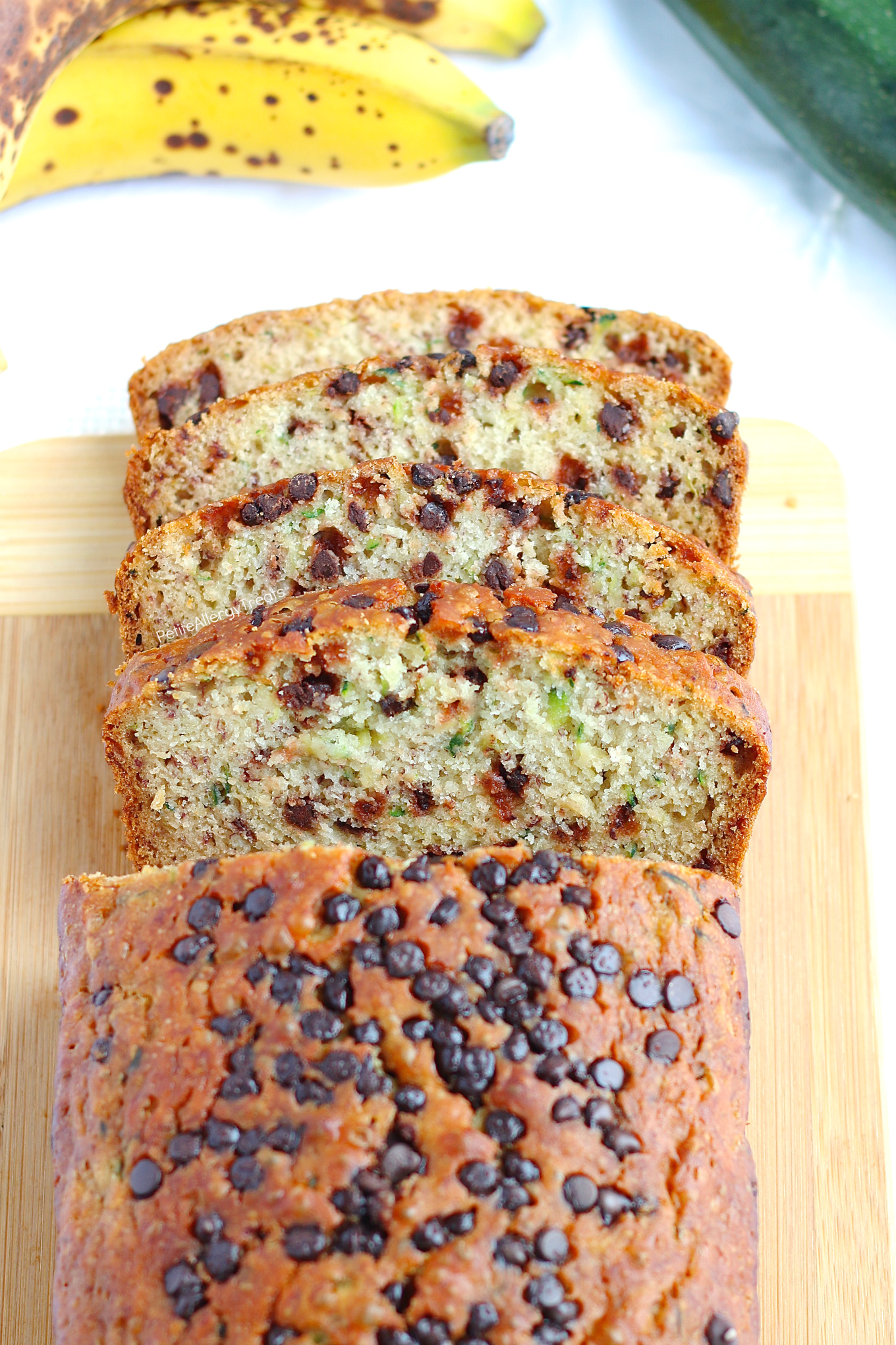 Egg free Gluten Free Zucchini Bread Recipe (dairy free Vegan)- Easy one bowl gluten free chocolate chip zucchini bread. #glutenfree, #dairyfree, #eggfree, #vegan